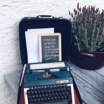 typemachine-gastenboek-de-bruismeisjes-liefde-eerlijk